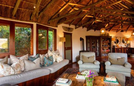 Lalibela Game Reserve - Tree Tops - Lounge
